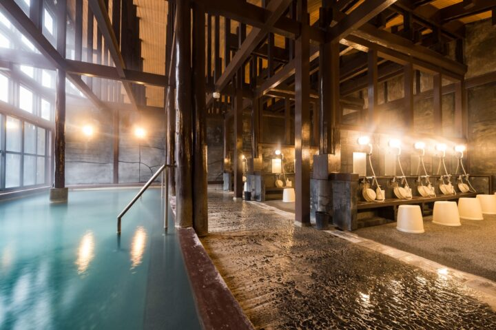雨の日デート 温泉